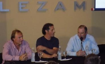 Pedro Troglio visitó Lezama