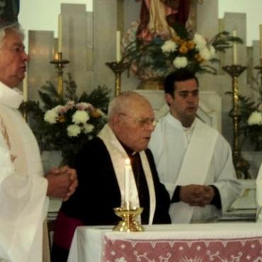 Se homenajeó al padre Ángel D'Auro  en la Festividad de Cristo Rey