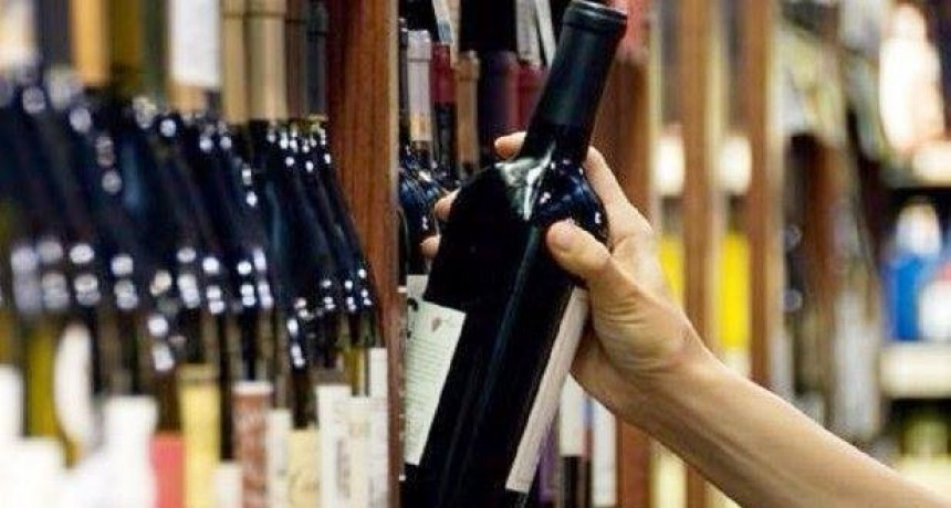 Proponen que la extensión horaria para la venta de alcohol en la provincia de Buenos Aires continúe todo el año