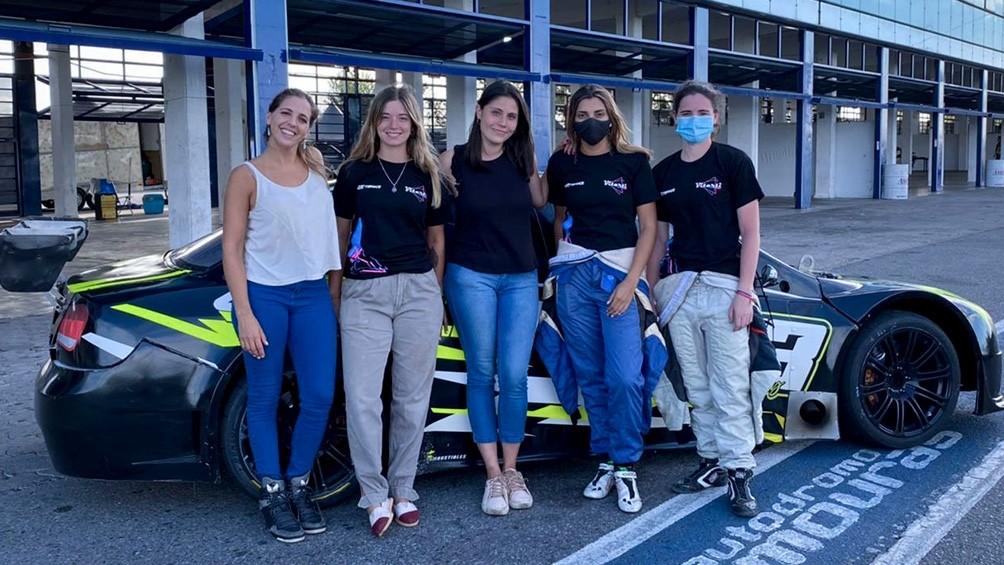 El primer equipo íntegramente femenino del automovilismo se afianza en las pistas con la participación de Valentina Funes