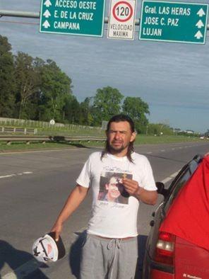 Caminó de Lezama a Luján por su amigo