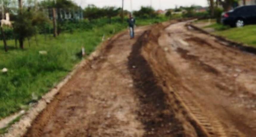 Se inician los trabajos de pavimentación en la última cuadra de Gregorio Lezama