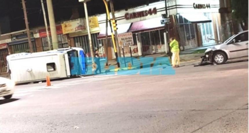 Falleció una vecina deChascomús tras chocar en La Plata una ambulancia del Hospital
